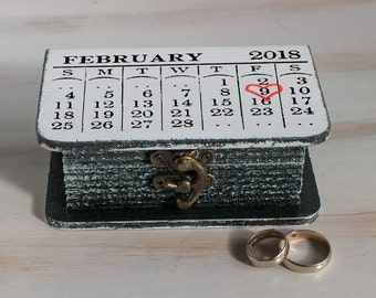 Save the Date Ring Bearer Box Black Ring box Wedding ring box Personalized wedding box Calendar ring box Ring holder Engagement box Book box