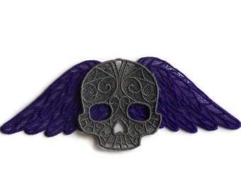 Lace Dark Wings with Skull