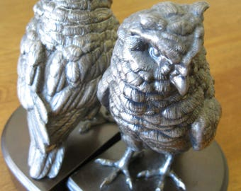 JB  Silver Metal Owl Bookends on brown base Jennings Brothers