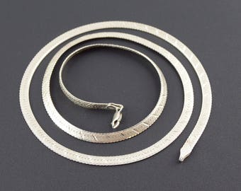 Sterling Silver 18 inch Herringbone Diamond Cut Chain- Made in Italy- Vintage