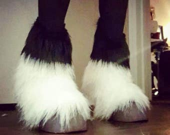 Unisex Faux Fur Feathered Horse Hooves