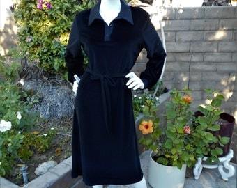Vintage 1970's Butte Black Velour Dress - Size 14