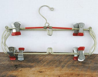 Vintage Tiered Pant Skirt Hanger Home Decor for Pictures Paper Items