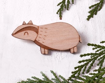Badger Brooch / Wooden Animal Pin / Cute Wooden Brooch / Woodland Animals / Badger Pin