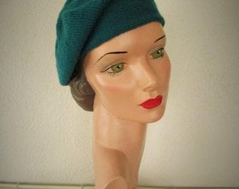 Hand Knit Beret Vintage Style Velveno Beret 1930s Downton Abbey Hat Ready to Ship