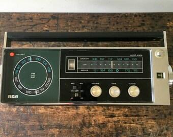 Vintage RZM192E Black Solid State AM/FM/Weather/aitcraft Portable Radio Japan