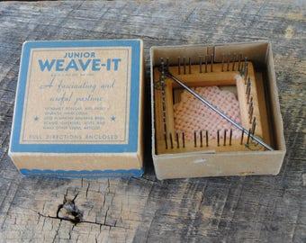 Vintage Junior Weave It Hand Loom 2 Inch