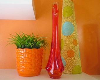 Vintage 1960s MID Century Modern Art Glass Bud Vase Retro Red Orange