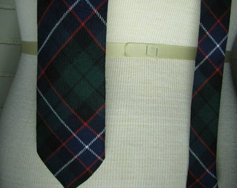 Vtg Scottish wool plaid necktie 58''
