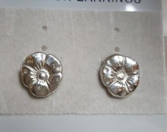 Handmade Aritsan 100% 925 Silver Flower Studs