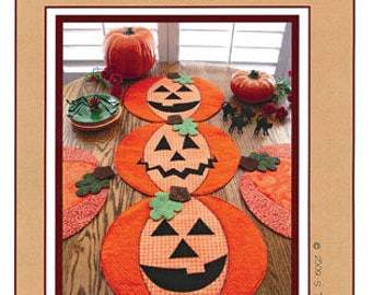Table Runner Pattern, Pumpkin Party Place Mats or Table Topper Susie C Shore Designs ST917
