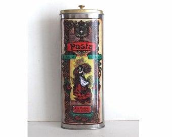 Vintage Italian pasta tin.   La Volpe Che Corre pasta tin