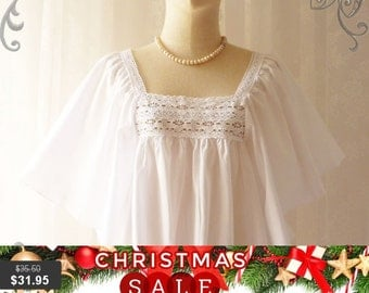 Christmas SALE Butterfly Blouse Free Size Wing Sleeve Pure White Cotton and Lace Top Blouse Simply Sweet Retro Look