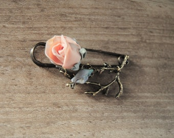 Big brooch pin , Polymer clay pin, Vintage rose ,antic bronze brass,Coat. sweater Safety Brooch Pin.