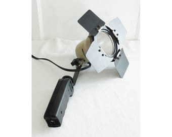 COASTAR Continuous Light VL-300 Adjustable Focus Lever Spot Wide 300 W 120 V