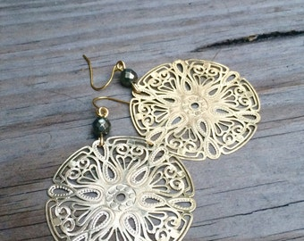 Lightweight Gold Filigree Earrings