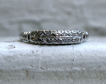 Vintage Art Deco Platinum Diamond Wedding Band - 0.28ct.