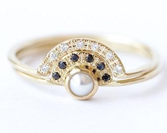 Pearl Engagement Ring, Bridal Wedding Ring Set, Alternative Engagement Ring, Pearl & Diamond Ring, Boho Engagement Ring, Diamond Wedding Set