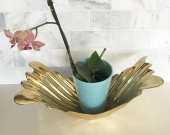 Vintage Planter Brass Art Deco Gleaming Winged Hollywood Regency Chinoiserie Chic  Decorative Textured Leaf Frond Display Bowl Foyer Dish