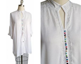 White MOROCCAN Tunic Top • Mandarin Collar Embroidered Tunic • Size M L