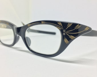 transition sunglasses larl  Hand engraved 1950's vintage star glasses made in France with non  prescription transition lenses