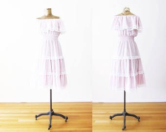 70s Dress / Off The Shoulder Dress / Pastel Lavender Kawaii Sundress / Lace Dress / Vintage Boho 70s Dress XS S
