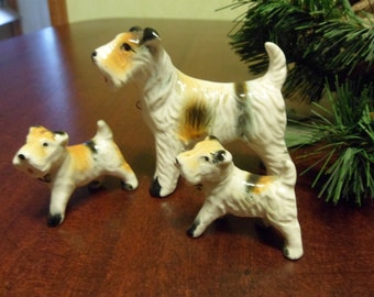 Porcelain Airedale or Lakeland Terrier Dog Figurine With Babies  (T)