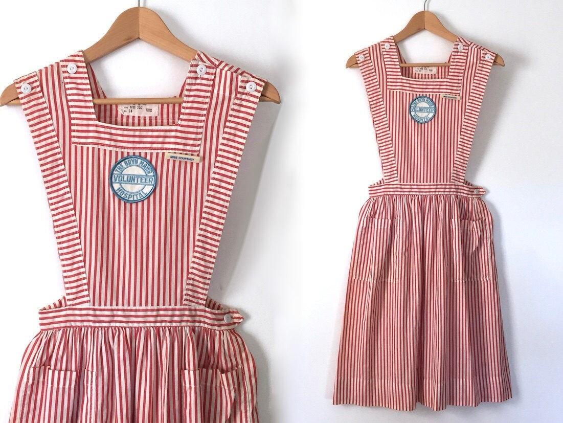 White pinafore apron nurse -  Pinafore Dress Apron Dress Vintage Nurse Zoom