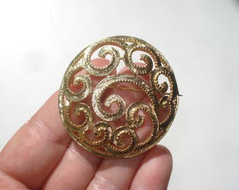 Vintage Gold Tone Brooch Pin - Large  Round Swirl Costume Jewelry Brooch 1960s