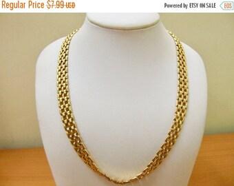 On Sale Retro Gold Tone Link Collar Necklace Item K # 2858