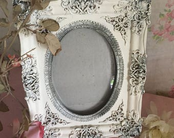 Vintage Shabby Chic Picture frame - white - distressed  - white shabby chic frame FARMHOUSE DECOR