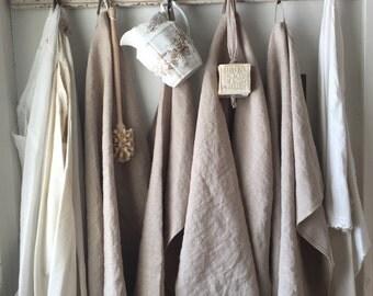 Linen Hand Towel with loop