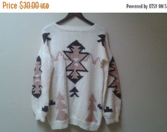 SALE Cream Aztec sweater vintage size M L