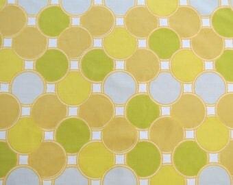 Vintage Sheet Fabric Fat Quarter - Yellow Green Gray Circles - 1 FQ