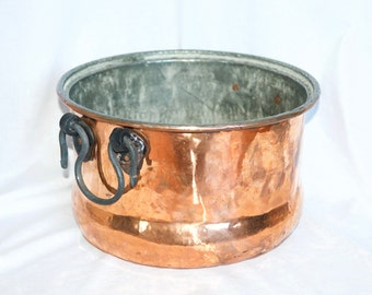 Vintage copper planter...large copper planter with cast iron handles...rustic...primitive.