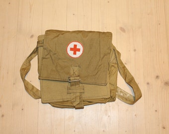 Red cross bag Messenger bag Soviet vintage army medical bag Soviet field bag Gift for nurse Gift for doctor