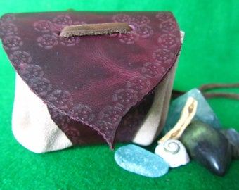"Leather Medicine Pouch, Medicine bag, Amulet neck pouch. ""Fireside"""