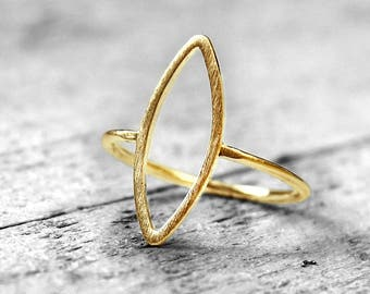 HOLLOW MARQUISE Ring | gold