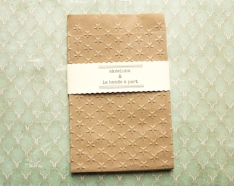 """10  paper brown bags embossed stars / Christmas  3,74"""" x 5,11"""" plus the flap"""