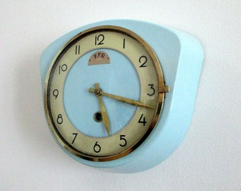 French Baby Blue Vintage FFR Wall Clock - 1950-60s Atomic Age - RARE COLOR - Unusual Shape - Great Working Condition