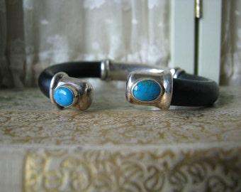 Snappy Vintage Sterling Silver Turquoise Black Leather Cuff Bracelet Modern Southwestern 925 Sterling Bracelet Sterling Cuff Leather Cuff