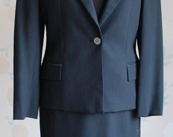 GIANNI VERSACE VERSUS Black Wool Skirt Suit   Uk size 10      Made in Italy       Beautiful