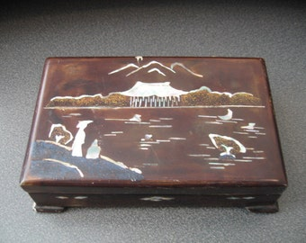 Vintage Brown Lacquer Mother of Pearl Inlay Jewelry Box