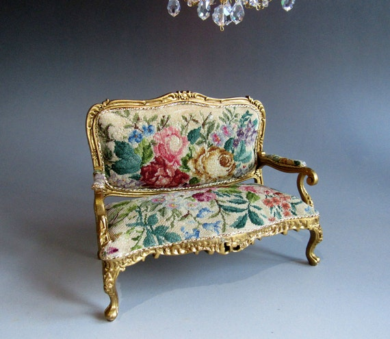 1 12th Scale Dolls House Artisan Louis Xv Sofa