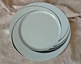 Block Spal White Pearl Black Swirl Dinner Plate