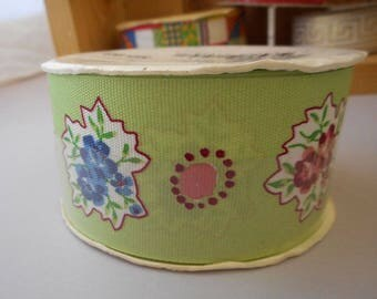 Pretty Green Floral Ribbon, Design from Mary Kate and Ashley Olsen, Made in USA 2002