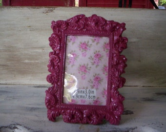 Keepsake Mini Resin Frame/Small Frame/Scrapbook Small Picture frame/miniature deep rose pink frame/Victorian Style Floral picture frame