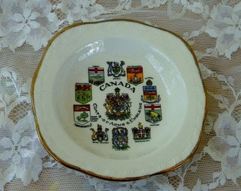 Spring Sale Canada Coat of Arms Collectible Mini Plate, Alfred Meakin England, Vintage Item
