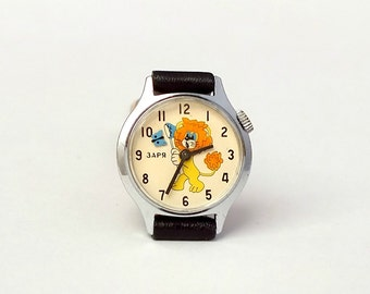 Child's watch Zaria 17 jewels. Girls watch with Soviet cartoon character Bonifacy. Vintage kids wristwatch. Mechanical watch 70s for kids