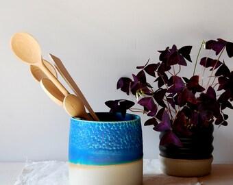 Utensil organization Utensil holder Spoon holder Kitchen organizer Kitchen spoon jar Ceramic holder Utensil jar Modern ceramic and pottery